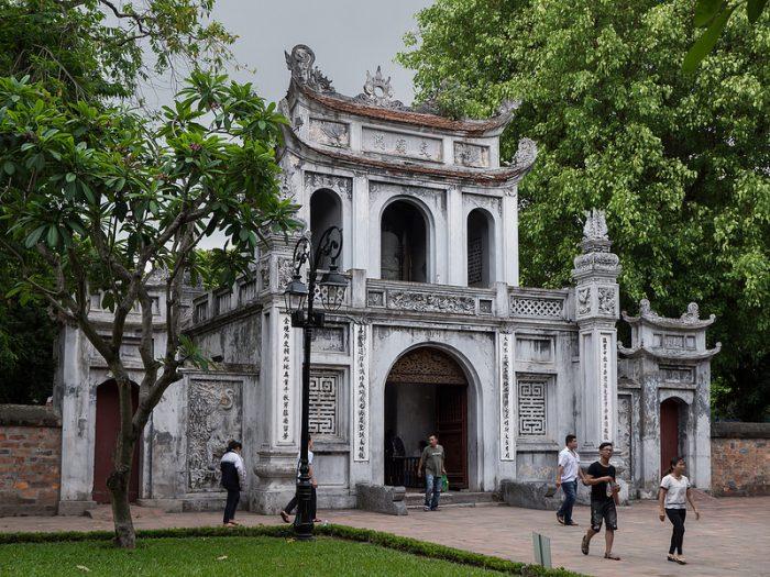 le temple de la littérature à Ha Noi au Vietnam