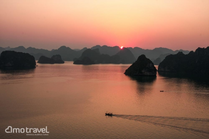 tour vietnam 12 giorni Halong sunset
