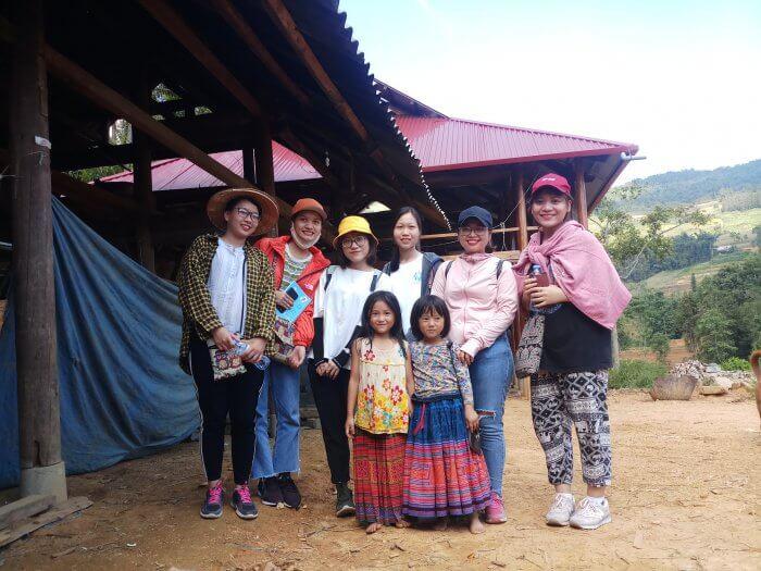Chao Vietnam gen 4 Training al mercato di Can Cau Bac Ha