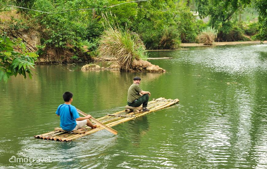 il ruscello di Xia a Mai Hich, Mai Chau Vietnam