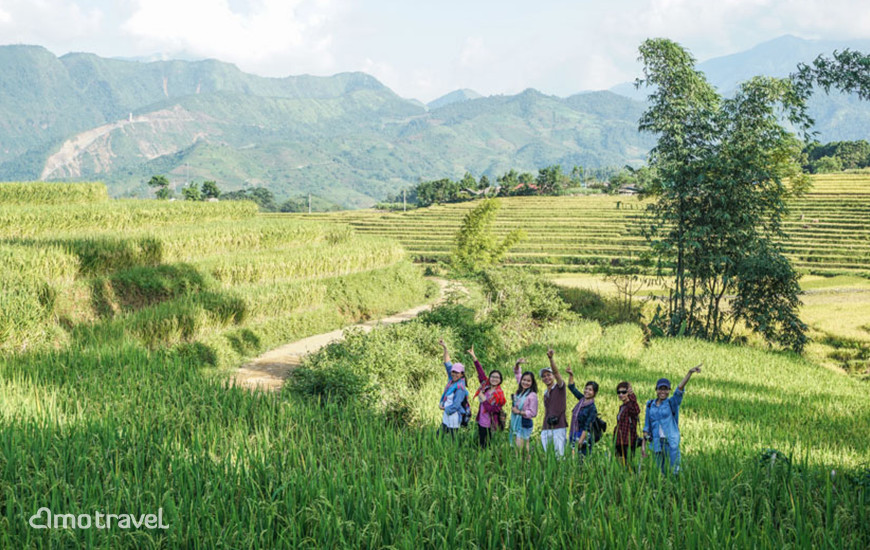 Il Team Amo Travel in Fam Trip a Y Ty, Lao Cai Vietnam