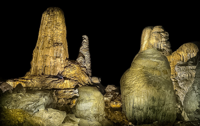 Grotta Tham Khoun Xe sul fiume Xe Bang Fai