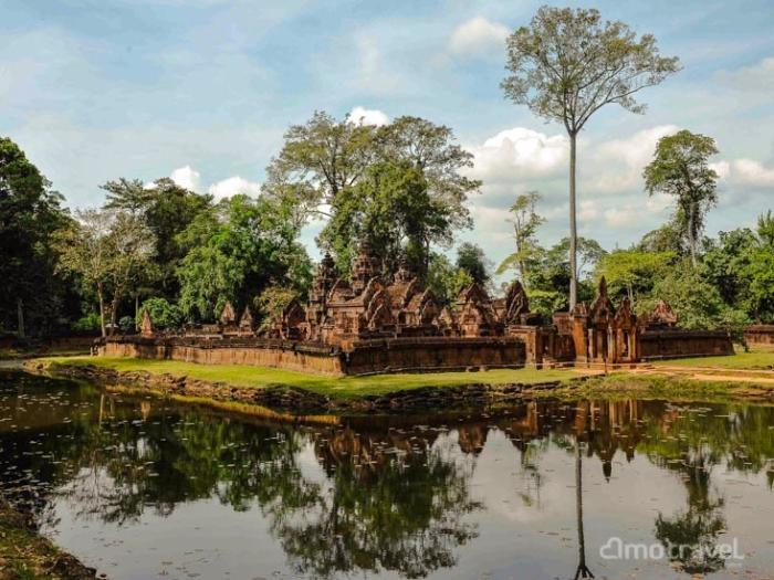 Banteay-Srey-Temple-1-10